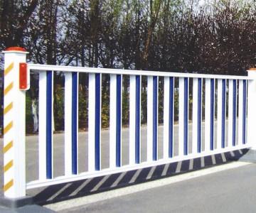 镀锌钢制道路护栏lx-08