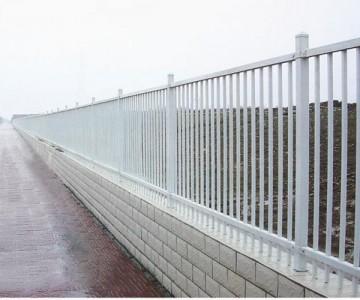 镀锌钢制围墙护栏lx-02